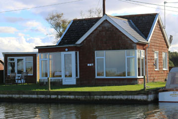 Bungalow on the norfolk broads